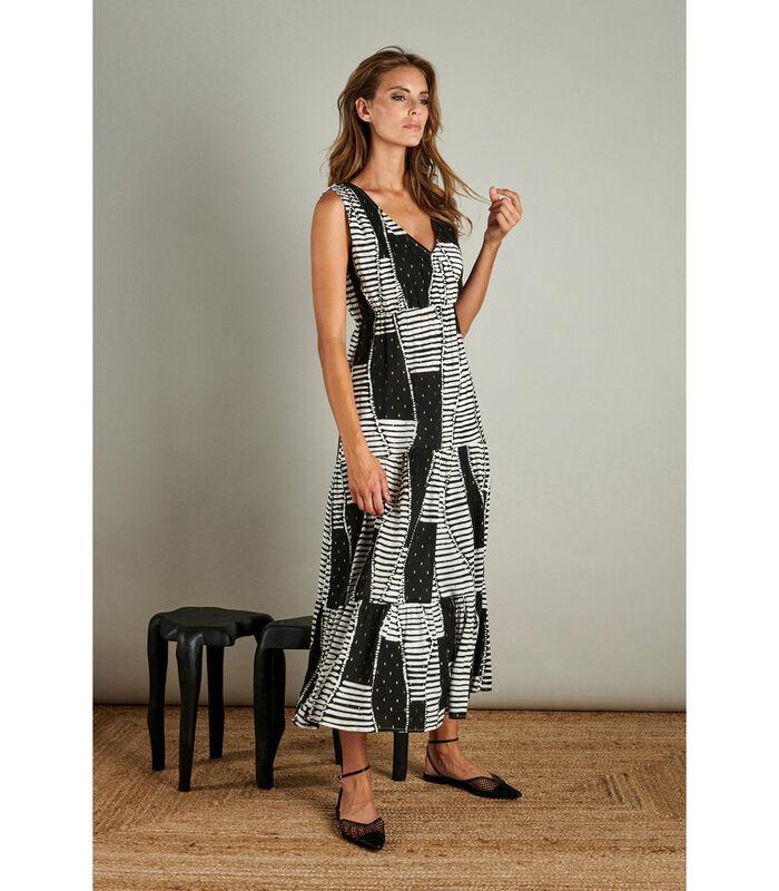 Vrouwelijke maxi jurk in een trendy patroon image number 0