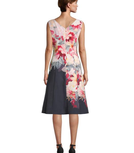 Gebloemde jurk met stolpplooien