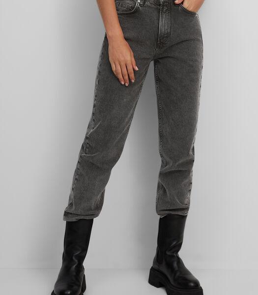 Jeans model HETTA relaxed van een mix met organic cotton