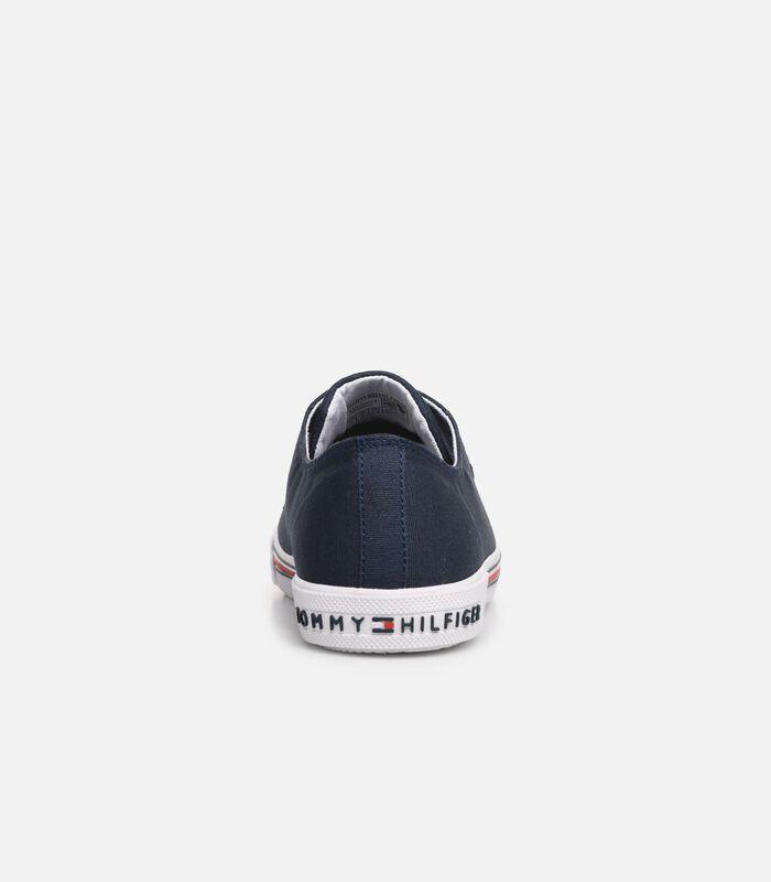 Low cut sneaker image number 3