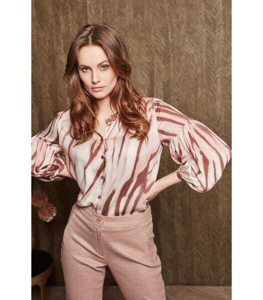 Mooie bloes met zachtroze strepenpatroon