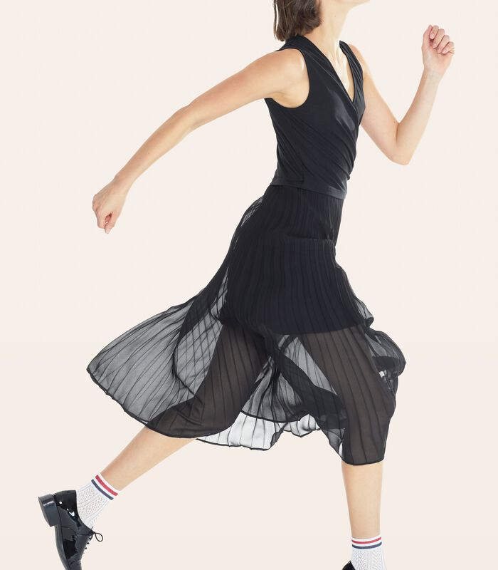 Zwarte lange jurk CONCILIANT in geplooide voile image number 0