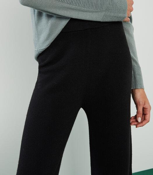 Geribde rechte broek