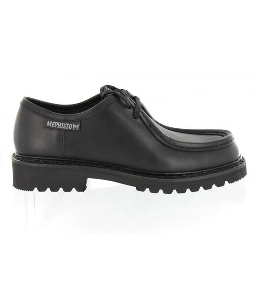 PEPPO-Schoenen leer