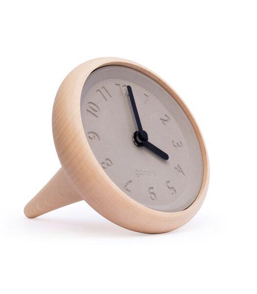 Horloge à poser design bois et béton, TOUPIE