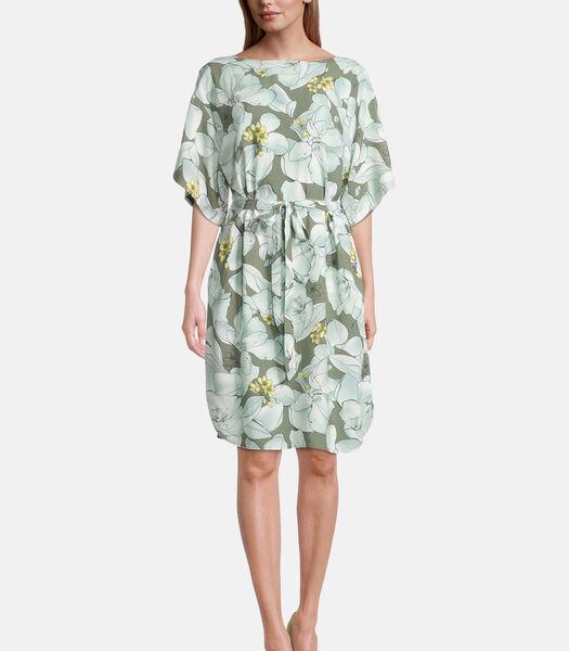 Gebloemde jurk met vleugelmouwen